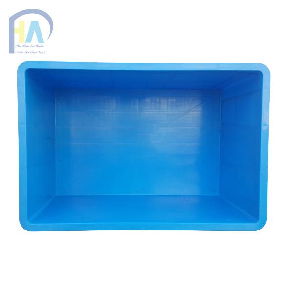 Thùng nhựa đặc B5 có khoang đáy rộng tiện dụng